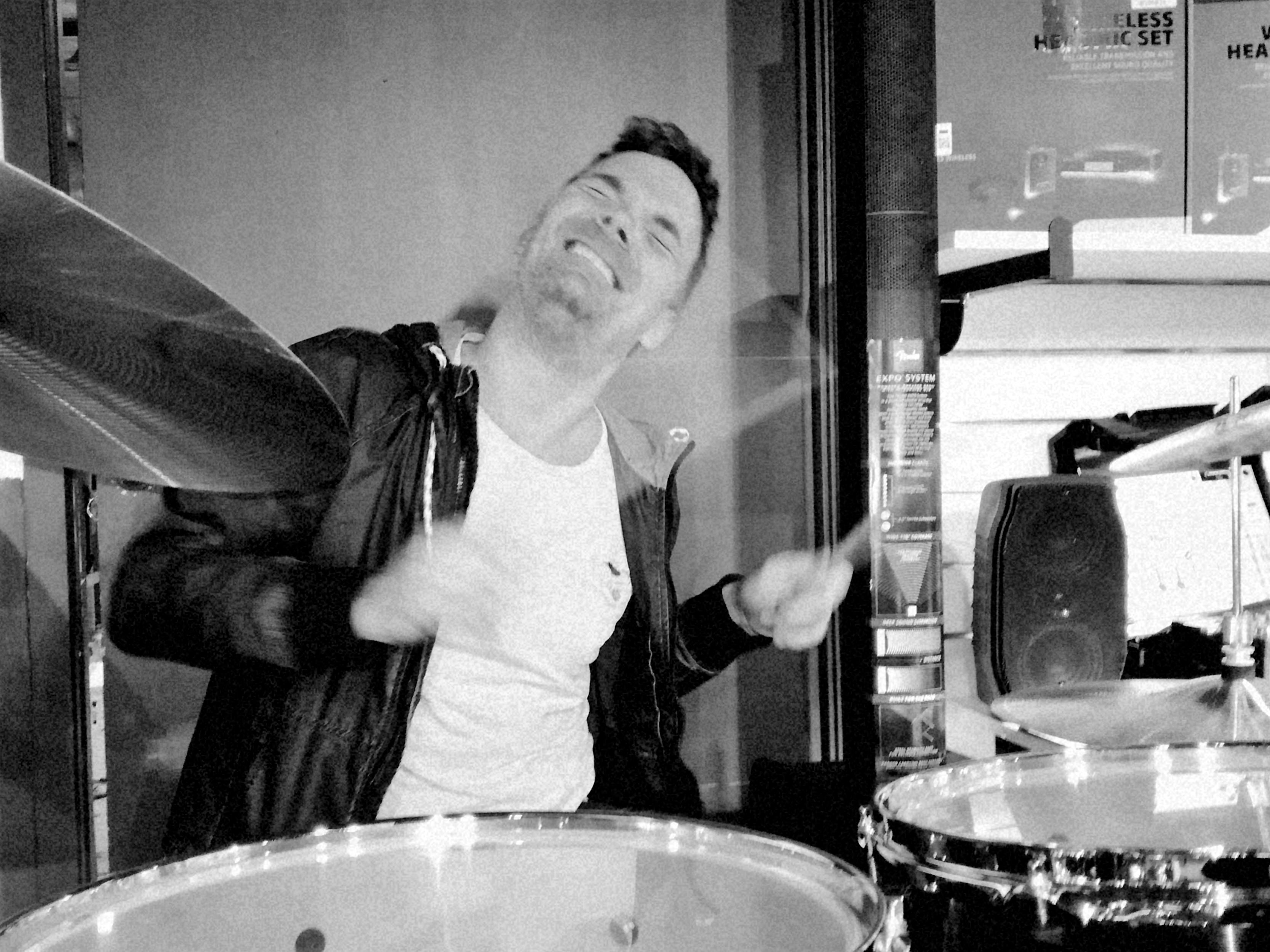 jim jacobsen spiller trommer